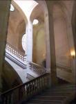 L'escalier du Louvre by Alex Gomes